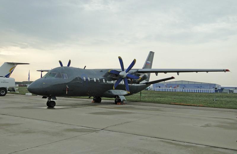 Самолет Ан-140-100 будет